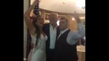 امریکی صدر اچانک شادی کی تقریب میں جا پہنچے، دلہا دلہن سمیت سب حیران