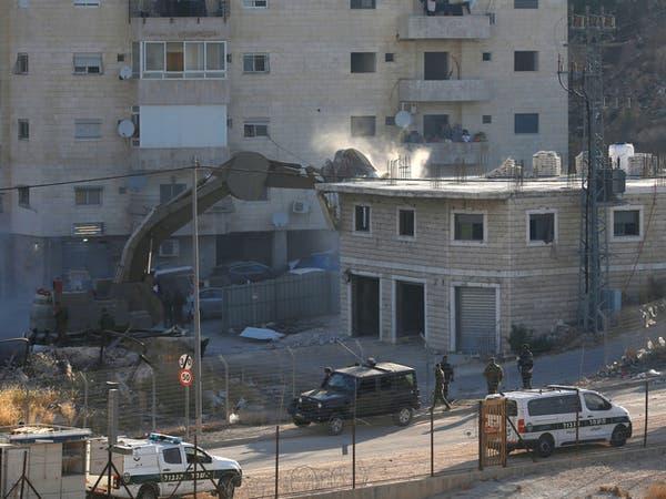 وسط احتجاجات فلسطينية.. إسرائيل تبدأ بهدم منازل بالقدس