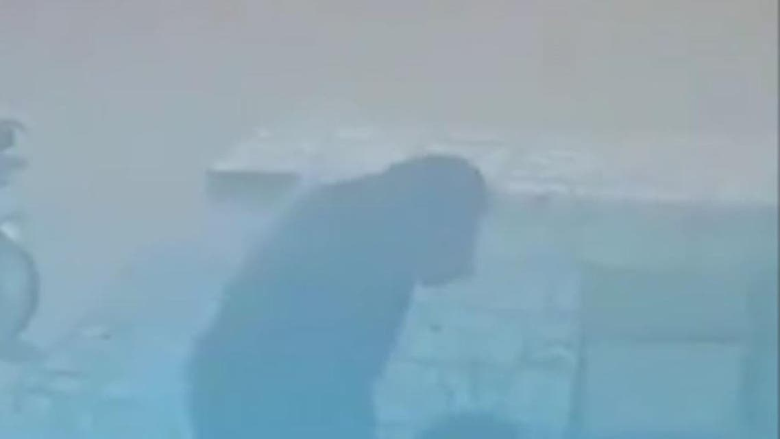 afghani kid beaten by Iran's man