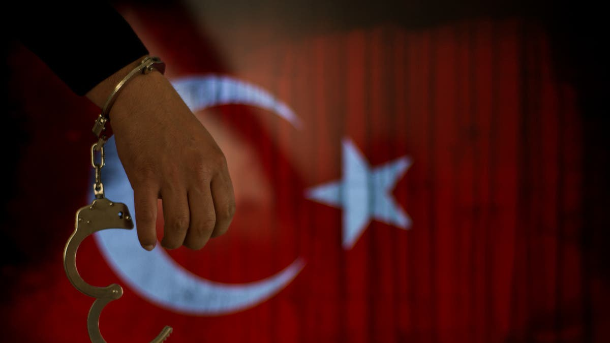 انتهاكات السجون التركية بزمن كورونا.. تقرير مرعب!