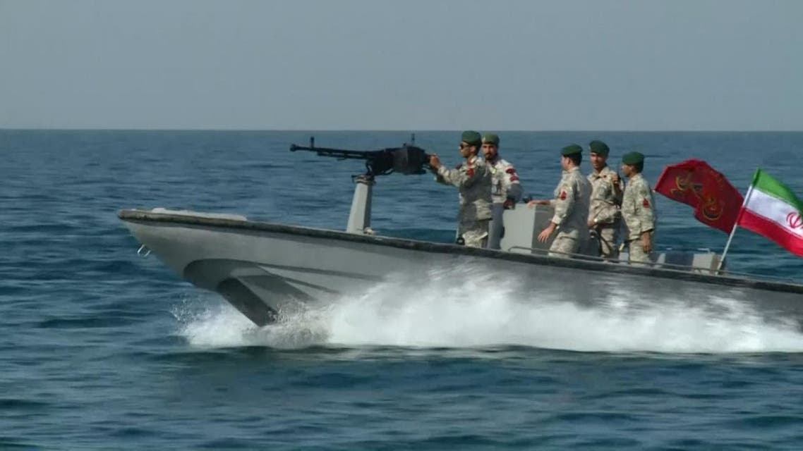 انتهاكات إيران المتكررة لحرية الملاحة وقرصنة السفن ينذر بتصعيد