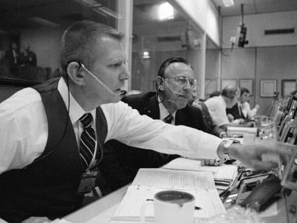 وفاة كريس كرافت أول مدير لرحلات وكالة ناسا للفضاء