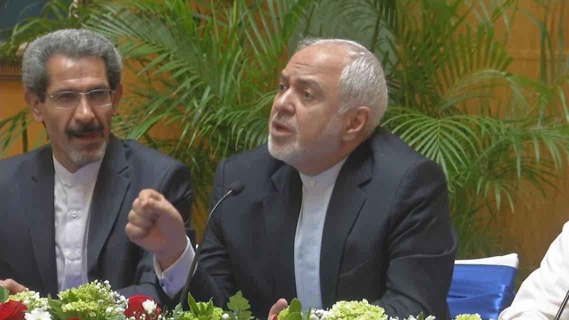 THUMBNAIL_ ظريف: إتخذنا إجراءات ضد السفينة في مضيق هرمز تنفيذا للقانون الدولي