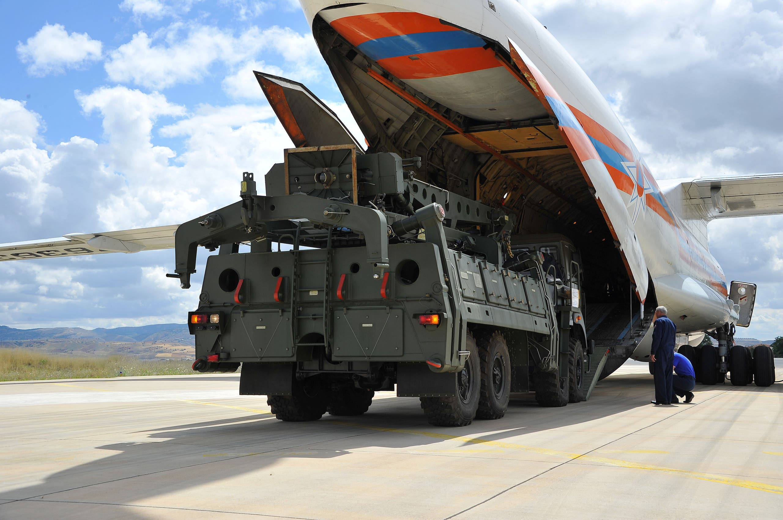 First parts of a Russian S-400 missile defense system are seen after unloaded from a Russian plane at Murted Airport, known as Akinci Air Base, near Ankara, Turkey, July 12, 2019. (Reuters)