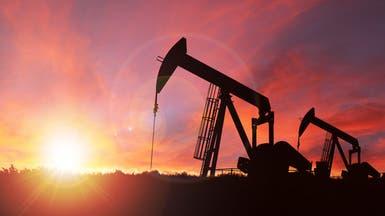 النفط يبلغ ذروة 3 أشهر مع تراجع المخزون وتفاؤل المستثمرين
