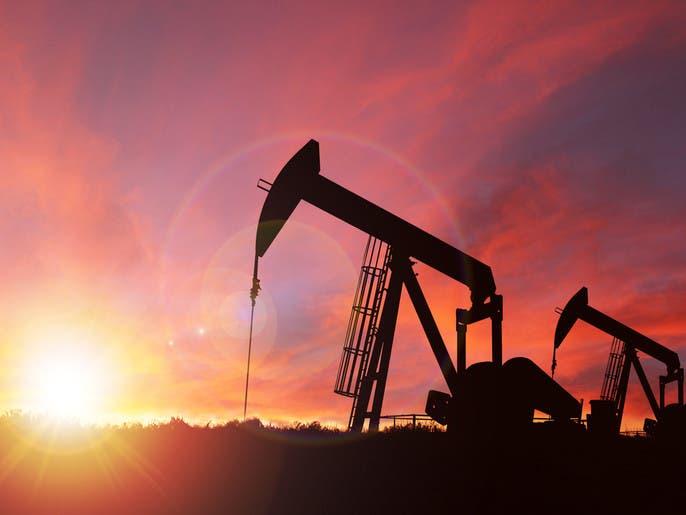 """""""الراجحي"""" تستعرض مستجدات سوق النفط وسط مخاوف التجارة"""
