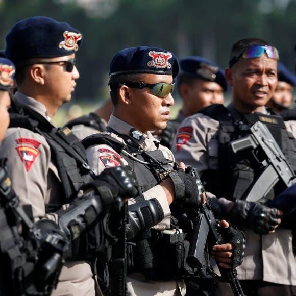 """في إندونيسيا.. برنامج """"دايت"""" قاسٍ لرجال الشرطة"""