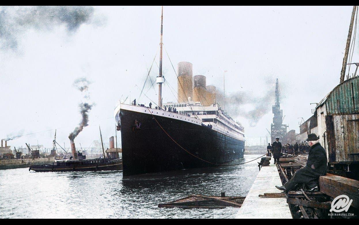 صورة ملونة اعتمادا على التقنيات الحديثة لسفينة تيتانيك قبيل مغادرتها لساوثهامبتون