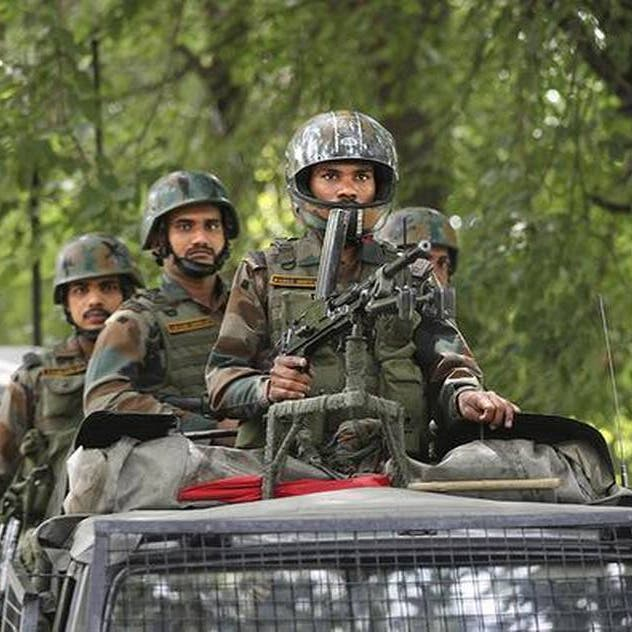 توتر في كشمير.. الهند تنشر 10 آلاف جندي