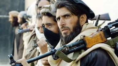 طالبان تواصل احتجاز رهينتين غربيين
