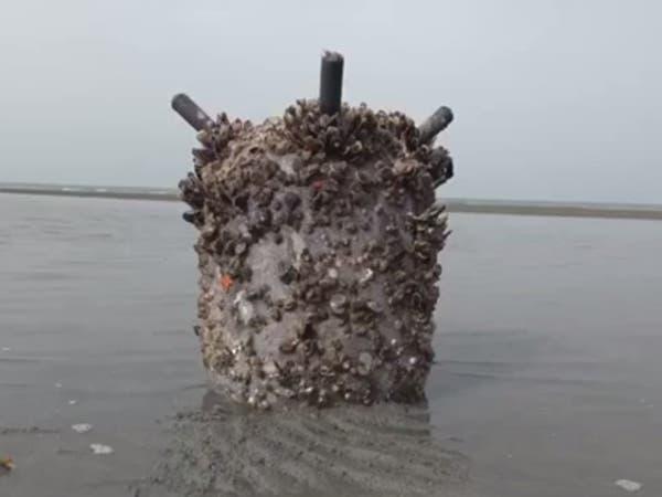 شاهد.. إتلاف لغم بحري زرعه الحوثيون بالبحر الأحمر