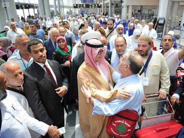 صور.. السفير السعودي في لبنان يودع حجاج بيت الله