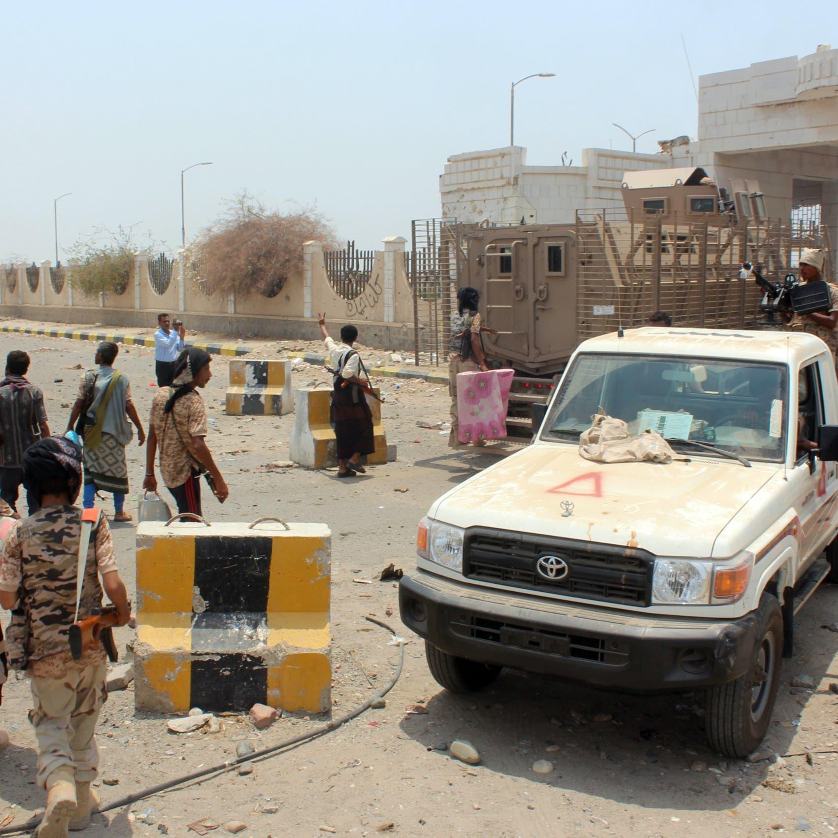 اليمن.. طرد عناصر للقاعدة هاجموا معسكر المحفد