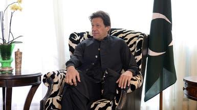 خان يتعهد بمواجهة أي عدوان هندي على كشمير