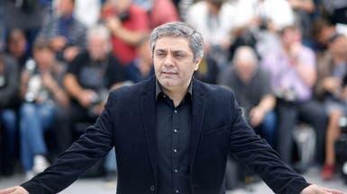 مشاهير السينما الإيرانية يرافقون المخرج رسولوف للمحكمة