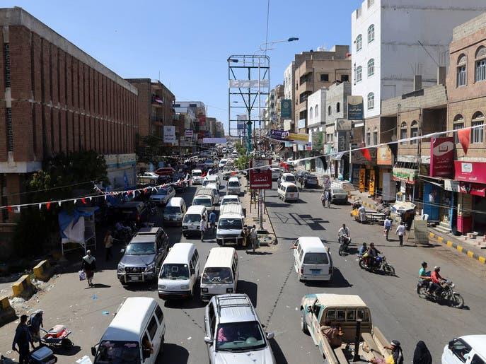 تعز.. إصابة 3 مدنيين برصاص قناصة الحوثي