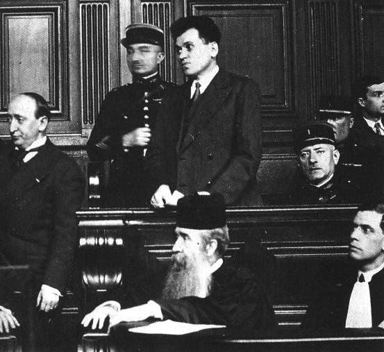 صورة لبول غورغولوف أثناء فترة محاكمته