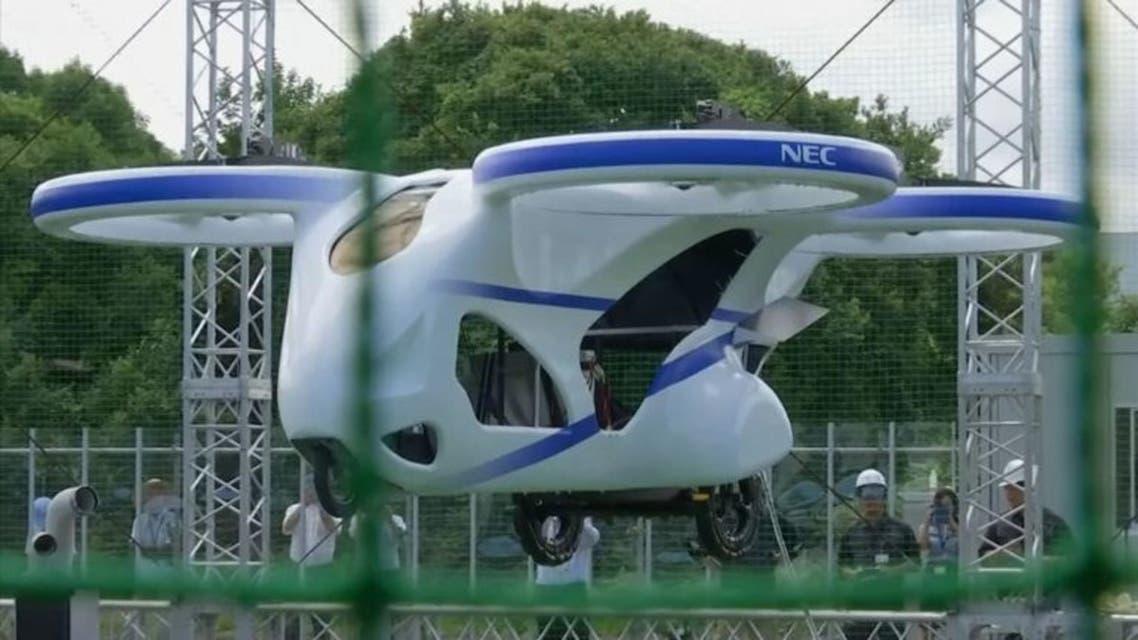 آزمایش موفقیت آمیز ماشین پرنده در ژاپن