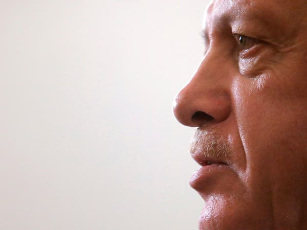 بلومبيرغ: توقعات بخيبة أمل اقتصادية لحكومة أردوغان