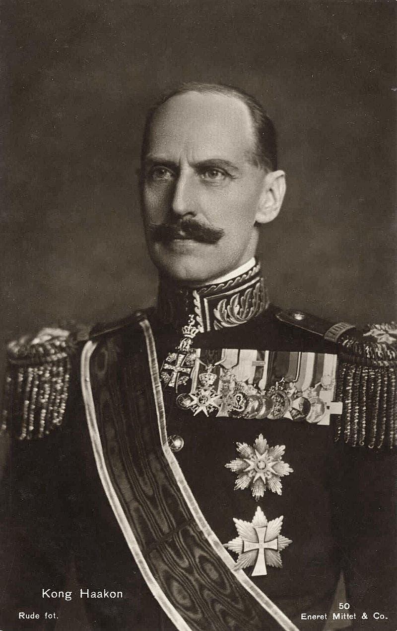 صورة للملك النرويجي هوكون السابع