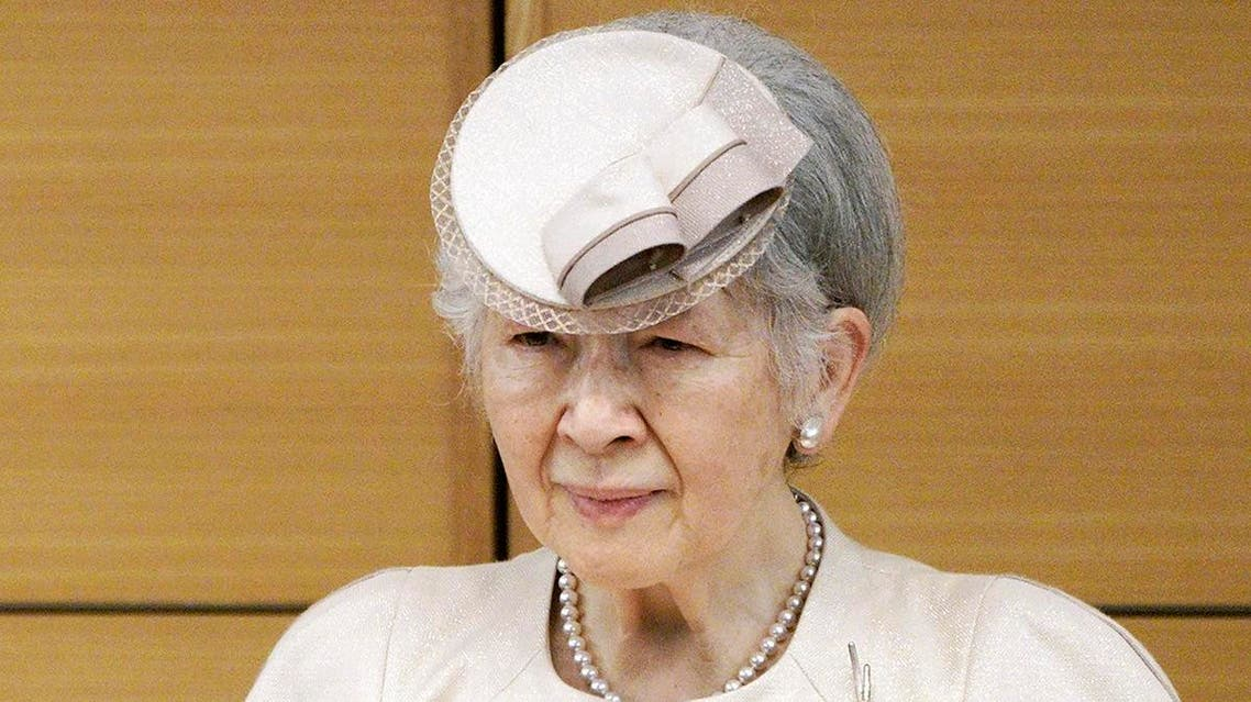 Japanese palace officials say former Empress Michiko has a breast cancer and will have an operation. (AP)