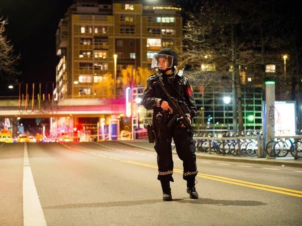 جثة غامضة لامرأة على صلة بمهاجم مسجد في النرويج