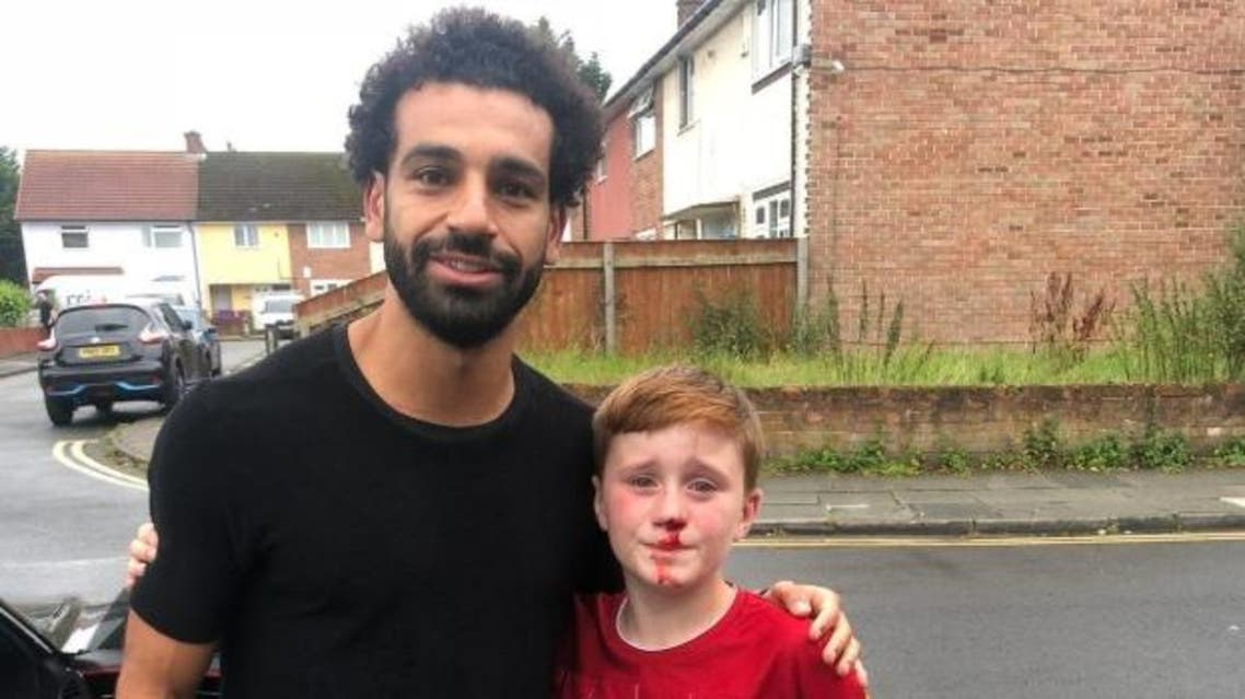 Mohamed Salah and young Liverpool fan. (Twitter)