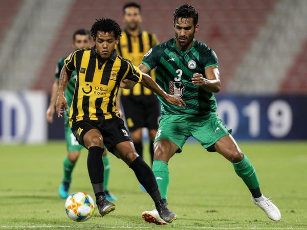 اتحاد جدة يضرب ذوب آهن برباعية ويتأهل إلى ربع النهائي