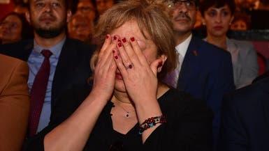 بالصور.. بكاء سمية الألفي في تكريم فاروق الفيشاوي
