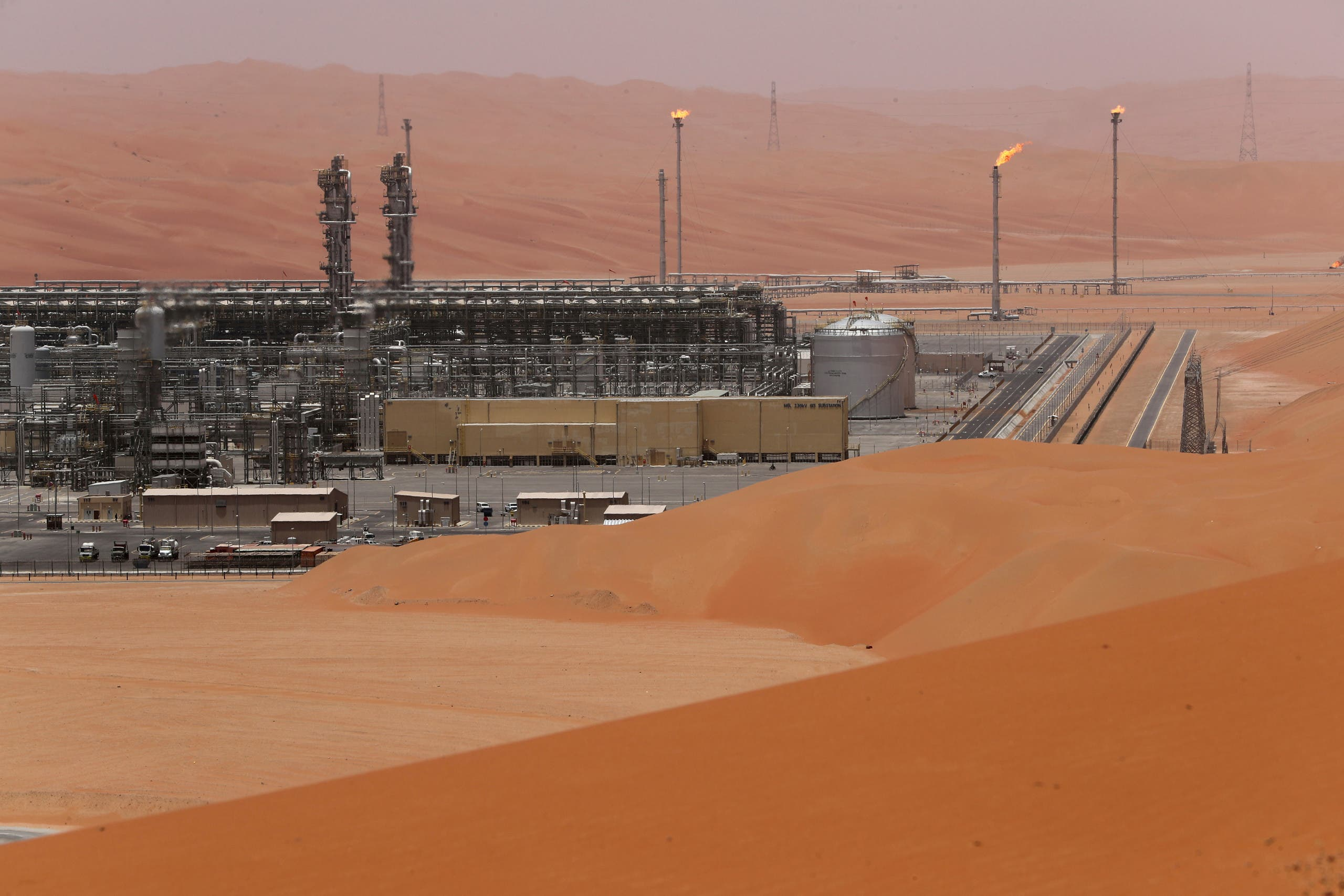 General view of the Natural Gas Liquids (NGL) facility in Saudi Aramco's Shaybah oilfield at the Empty Quarter in Saudi Arabia May 22, 2018. (Reuters)