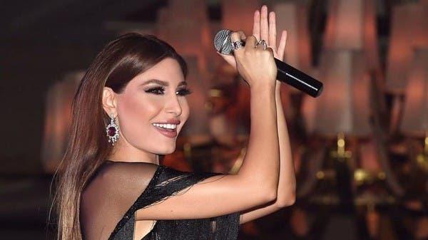النجمات العربيّات يتبارين في سباق الأناقة هذا الصيف