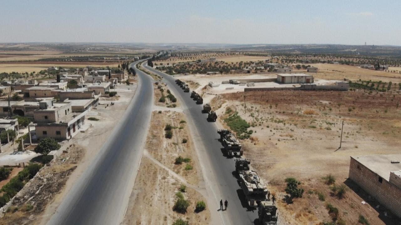 الفصائل المسلحة تنسحب من خان شيخون وحصار النقطة التركية
