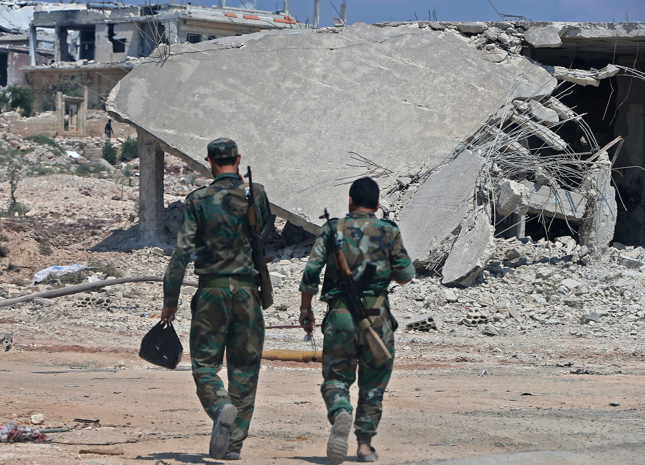 قوات النظام في خان شيخون