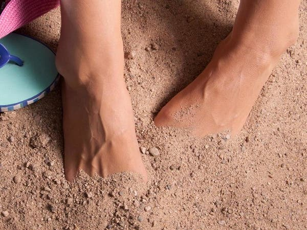 قدماكِ في حاجة إلى عناية خاصة في فصل الصيف