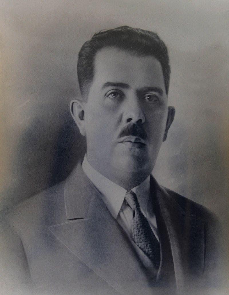 صورة للرئيس المكسيكي لازارو كارديناس