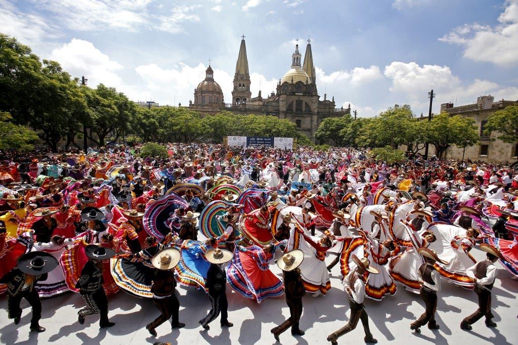 Guadalajara folk dance AFP