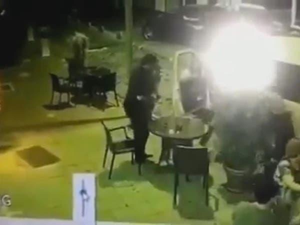 شاهد لحظة القبض على المسؤول عن اختفاء الفتاة السعودية بتركيا