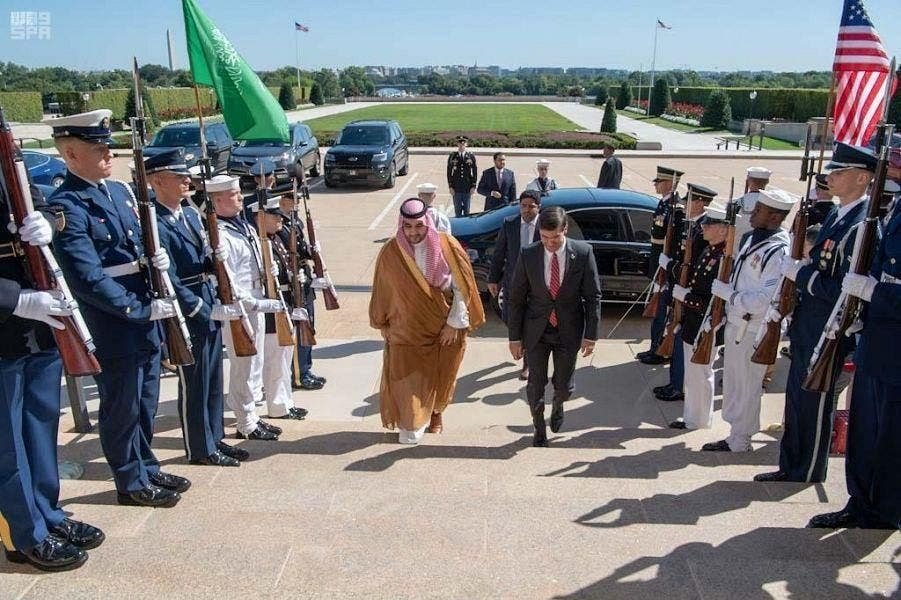 On arrival at the Pentagon, Prince Khalid was greeted with a honor guard. (SPA)