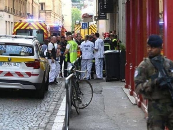 قتيل و9 جرحى في حادث طعن قرب ليون بوسط فرنسا