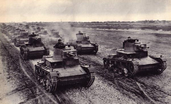 صورة لعدد من الدبابات البولندية سنة 1939