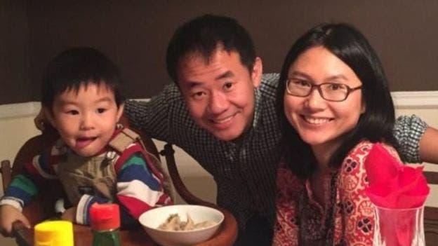 شيوي وانغ مع زوجته وابنه