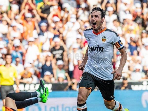 جزائيتان تمنحان فالنسيا فوزه الأول في الدوري
