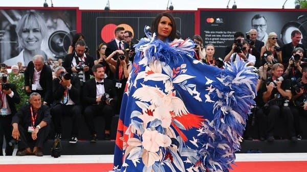 نجمات مهرجان البندقية السينمائي يتألّقن بإطلالاتهن