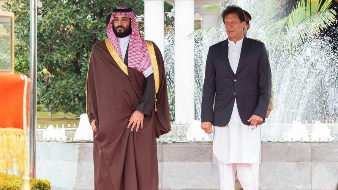 محمد بن سلمان يبحث مع عمران خان تطورات الأوضاع في المنطقة