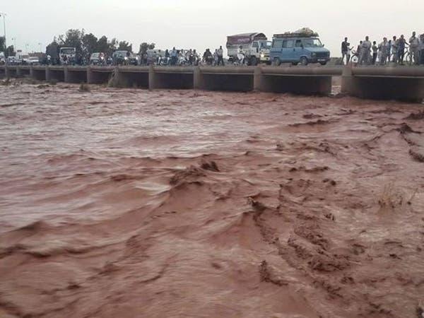 8 قتلى.. حصيلة فيضانات ابتلعت ملعباً لكرة القدم بالمغرب