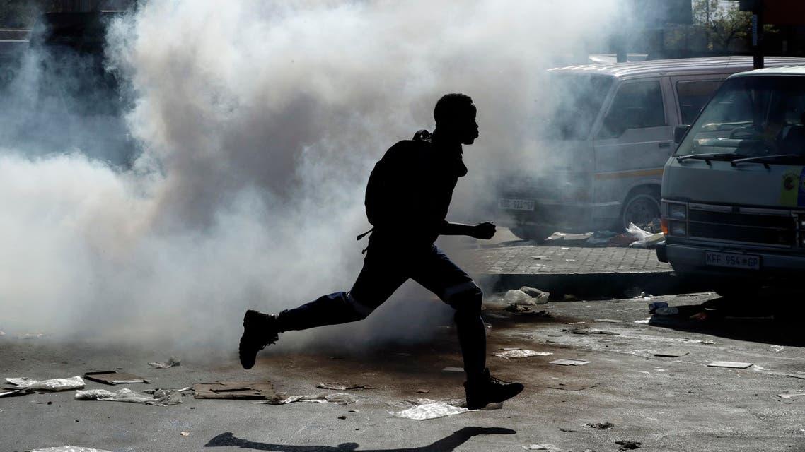 South Africa riots criminality arrests 90 2019 - AP