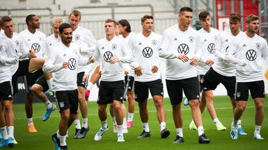 """ألمانيا """"مكتملة الصفوف"""" تستعد للثأر من هولندا"""