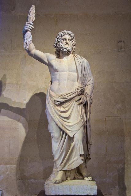 تمثال يجسد الإله زيوس لدى الإغريقيين