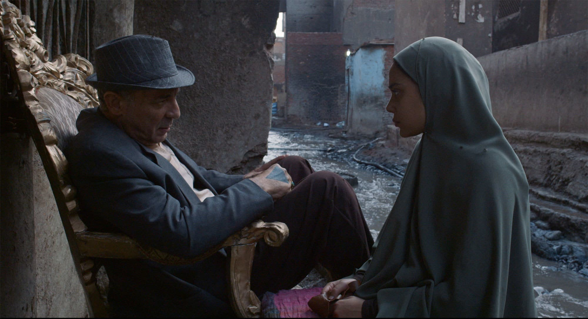 من فيلم ورد مسموم