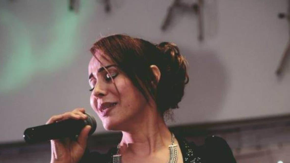 المغنية الألمانية الكردية هوزان كين